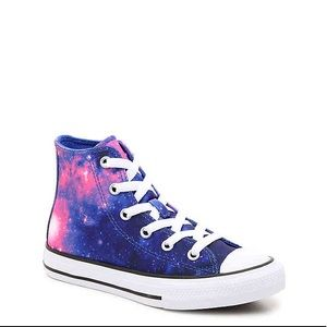 Girl's Converse Sneakers (New)
